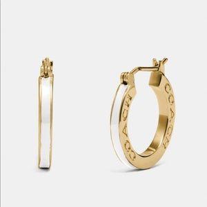 NWT Coach Earrings ✨